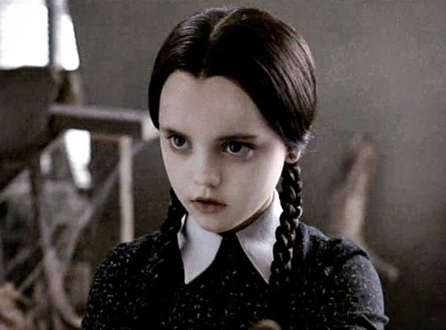 wednesday-addams-style-2.jpg