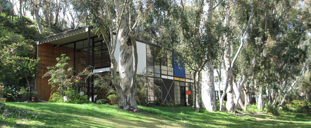 Eames House, Los Angeles - Designers: Ray and Charles Eamesphoto: tulloch.rutgers.edu