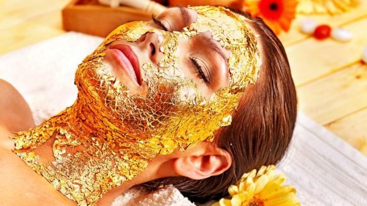 gold-facial-dubai-727x409.jpg