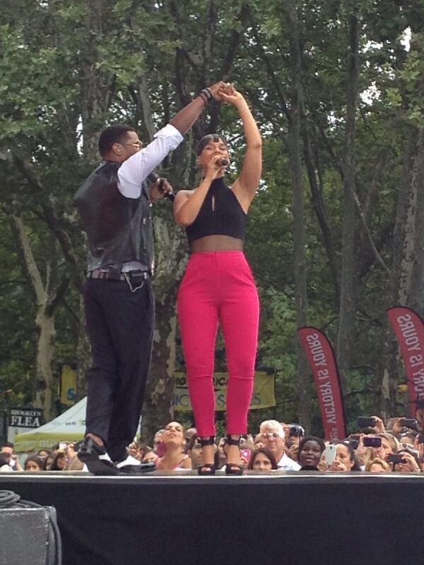 Alicia Keys GMA Full Classy Black Girl