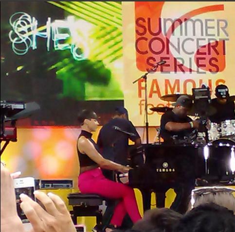 Alicia Keys GMA Piano