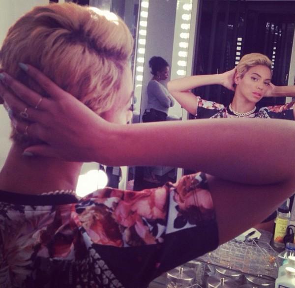 Beyonce Pixie Back Mirror