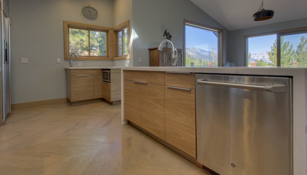 tahoe mtn, kitchen remodeled 4.jpg