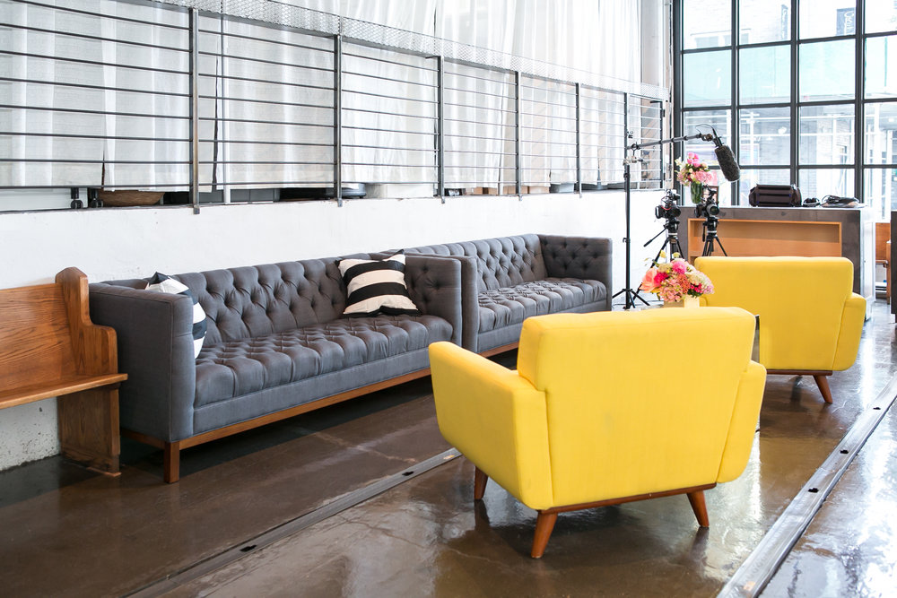 Exceptionnel GREY LIBRARY SOFA