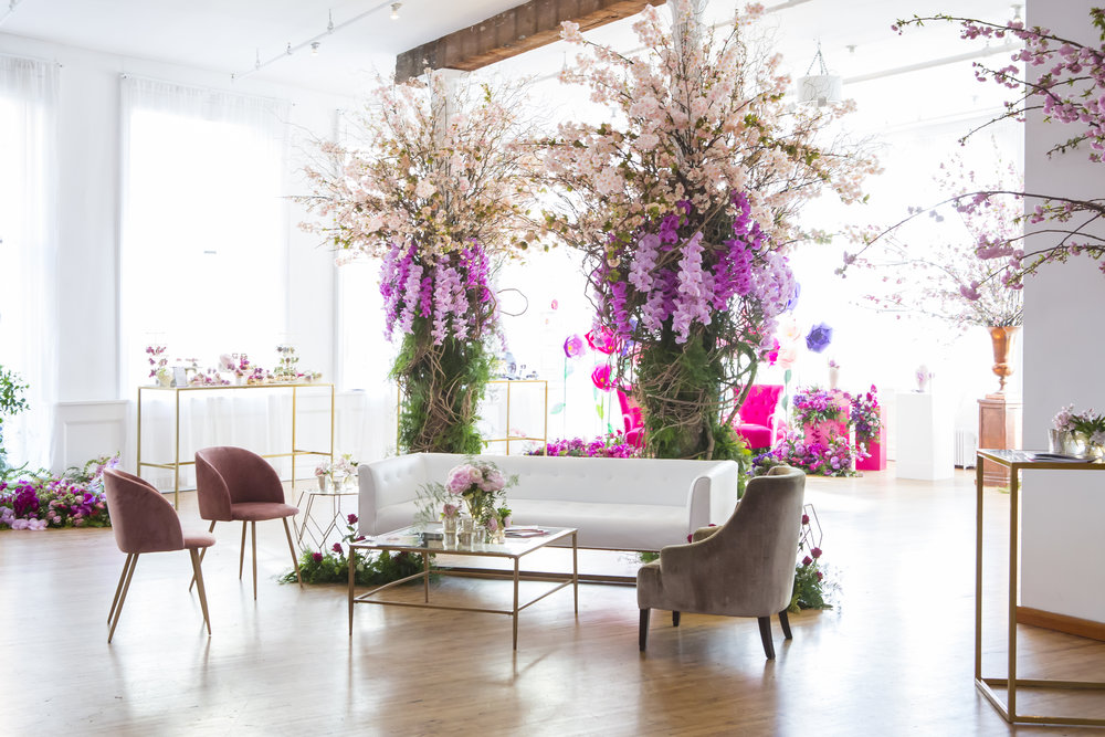 B FLORAL EVENT -