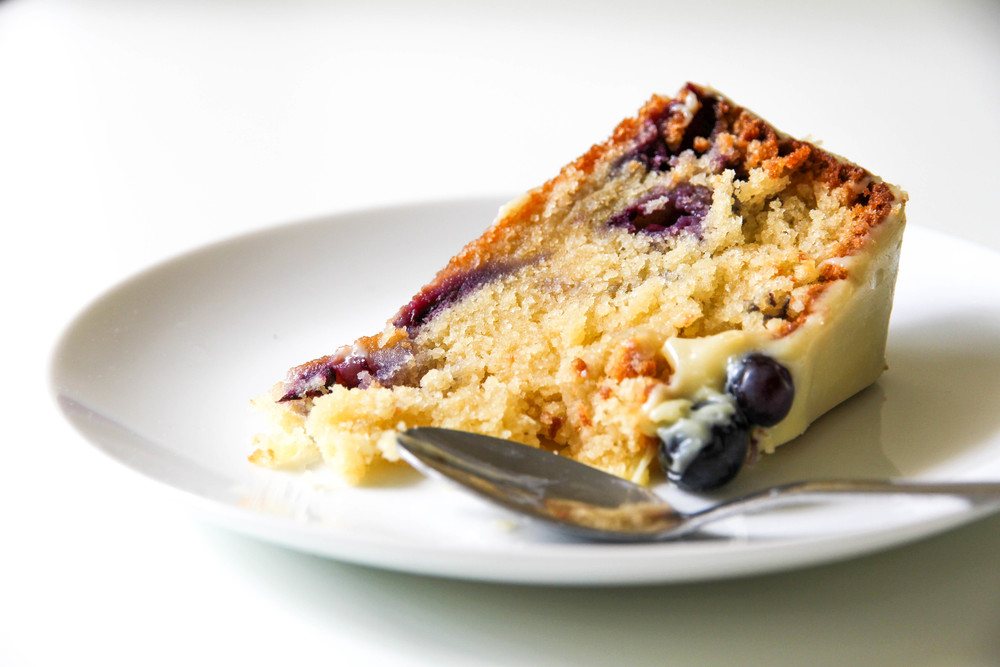 Blueberry & White Chocolate Cake