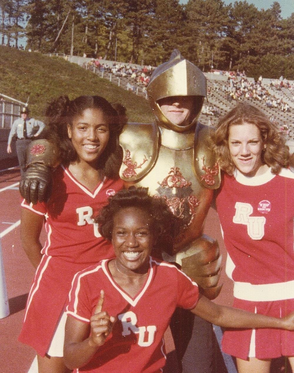 RU Cheer-1978-02?.jpg