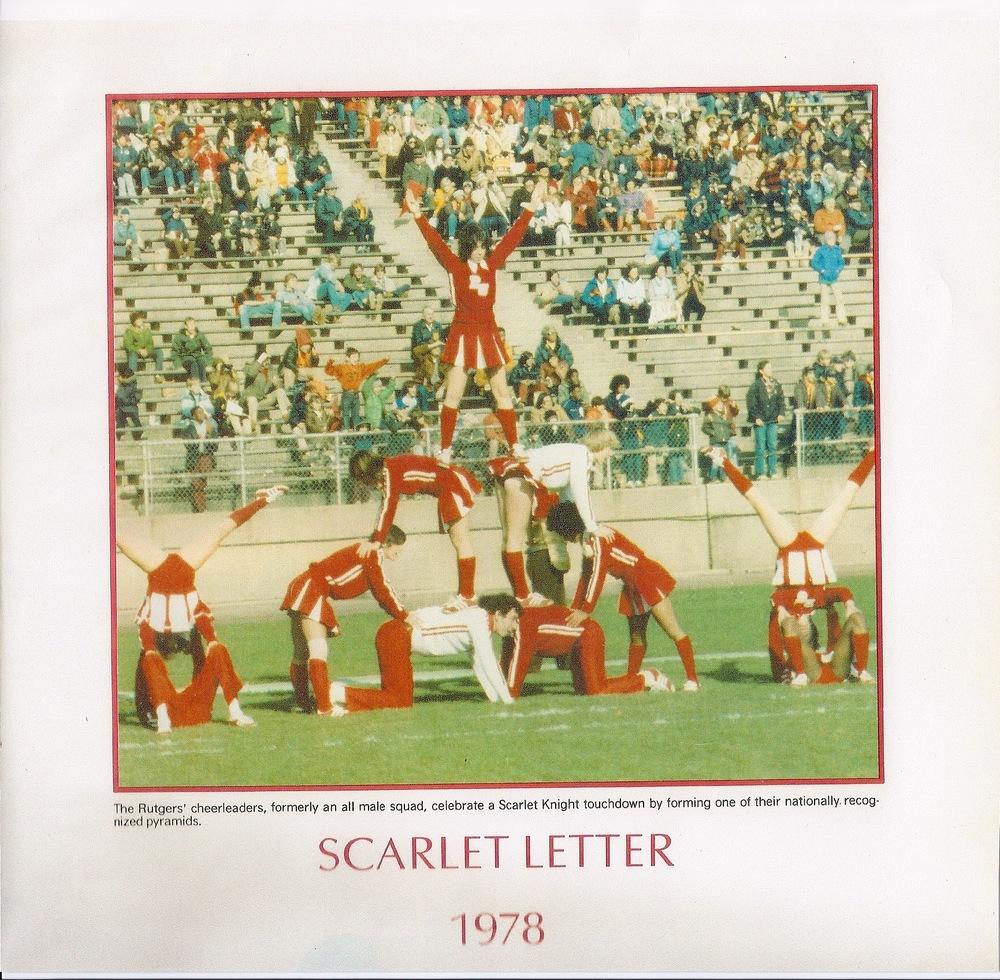RU Cheer-1978-Pyramid.jpg