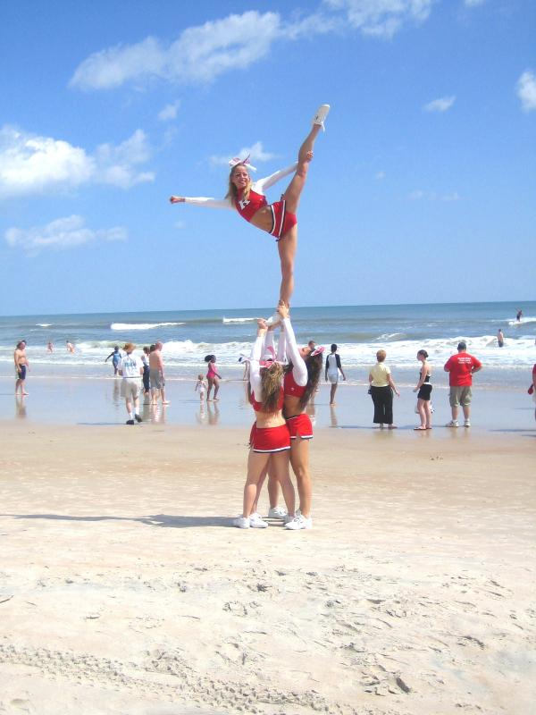 RU Cheer-2005-Natls-Scale.jpg