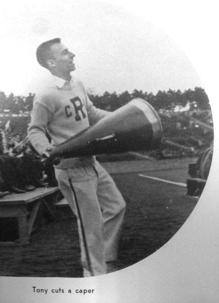 1946 — Football