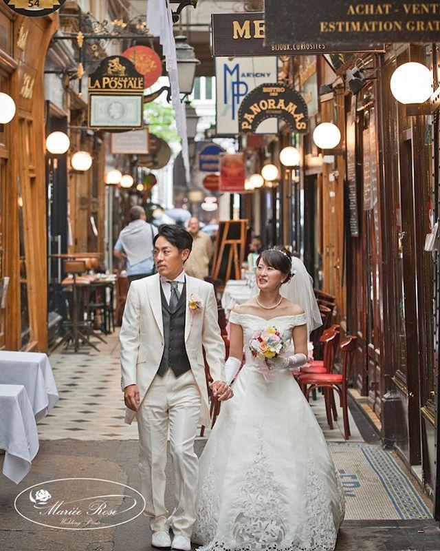 Let's strolling around the passage♪♫#パッサージュを歩きましょう♪#マリエローズパリウェディング#パリ#パリウェディング #パリフォトツアー #パリフォトウェディング#ウェディングフォト #前撮り#花嫁#プレ花嫁 #海外ウェディング #海外ロケーションフォト#結婚準備 #フォトウェディング#paris#passage#wedding#honeymoon#photowedding #passagepanorama#bride#pariswedding #マリエローズ