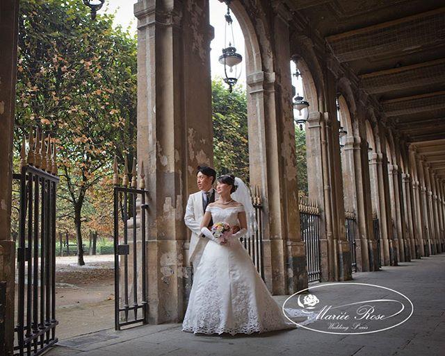 We're here♡in the beautiful corridor of #Palais Royal♥️#パレロワイヤルの回廊#マリエローズパリウェディング#パリ#パリロケーションフォト#パリフォトウェディング#パリフォトツアー#パリウェディング #ウェディングフォト #花嫁#プレ花嫁 #海外ウェディング #ハネムーン#前撮り#ウェディング#paris#parisphotos #pariswedding #bride photowedding #honeymoon