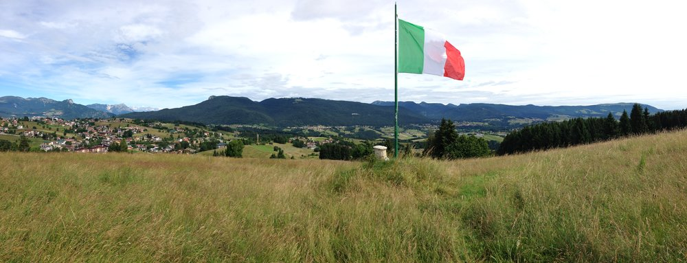 L'Altopiano dei Sette Comuni visto da S/O dal Monte Jok di Cesuna (foto di Stefano Aluisini)