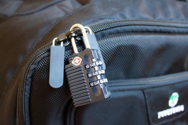 travel guide lock zipper backpack