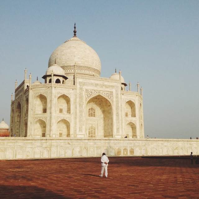 taj mahal budget travel guide backpacker india