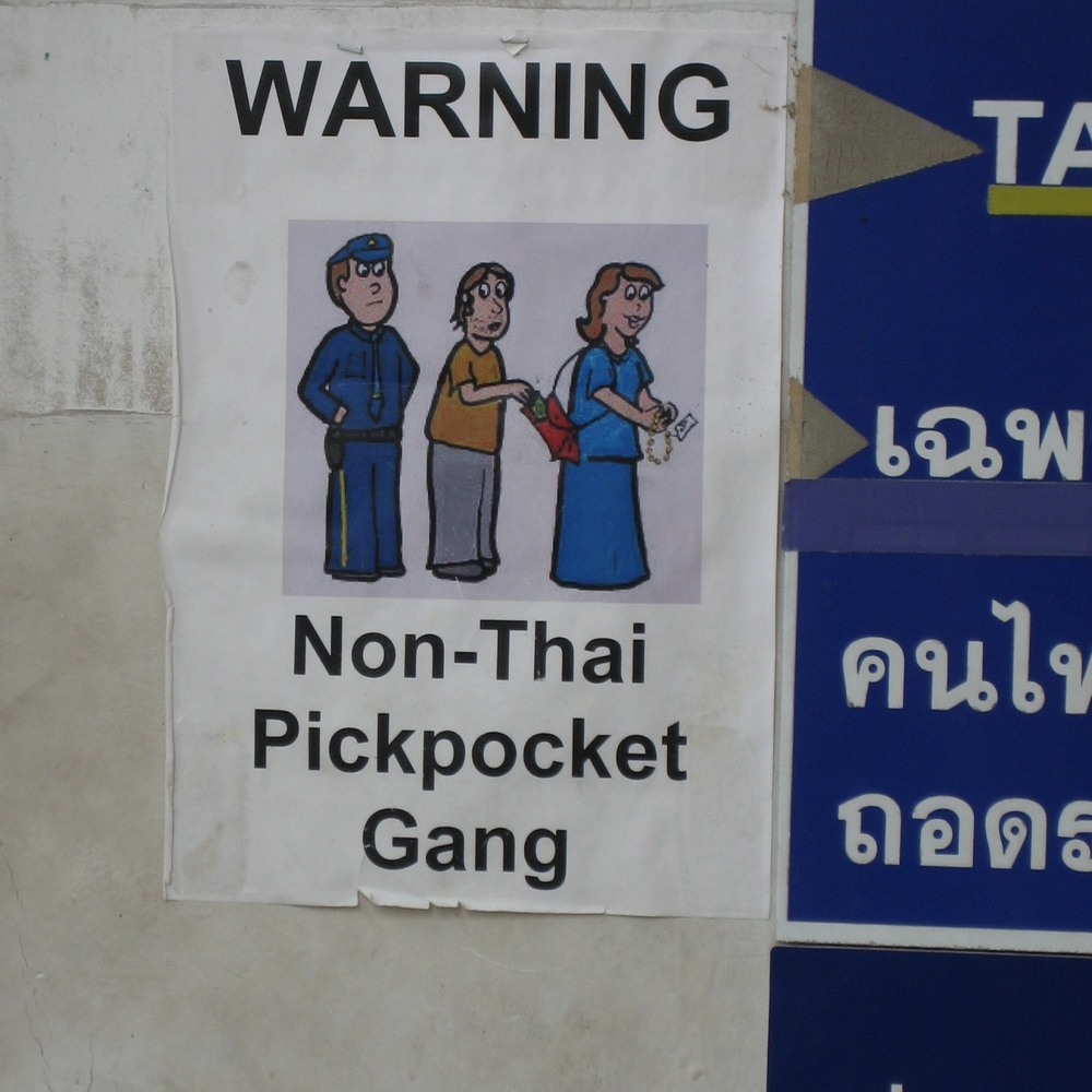 thai pickpocket gang travel guide