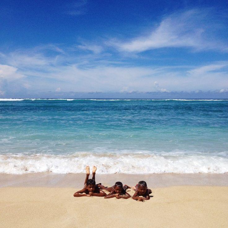 indonesia bali lombok travel guide children ocean