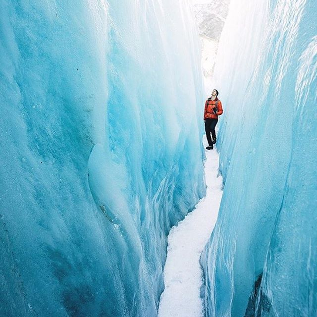 Winter is coming... ❄️❄️❄️ And we can't wait. @lebackpacker at (and in) the #FranzJosefGlacier in #NewZealand.  #THINKLESSTRAVELMORE #purenewzealand #bestnewzealand