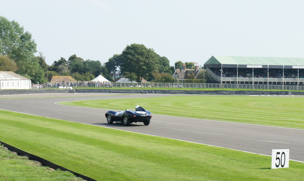 Jaguar D-Type approaching Lavant