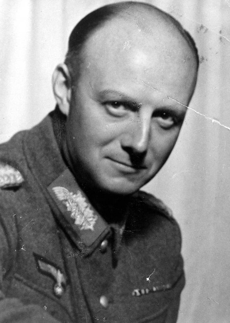 Generalmajor Henning von Tresckow, Chief of Staff 2nd Army