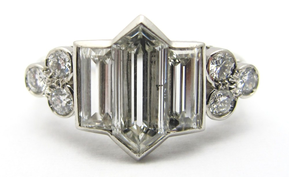 2.6cts of G/H, VS diamonds in handmade platinum setting, c.1935