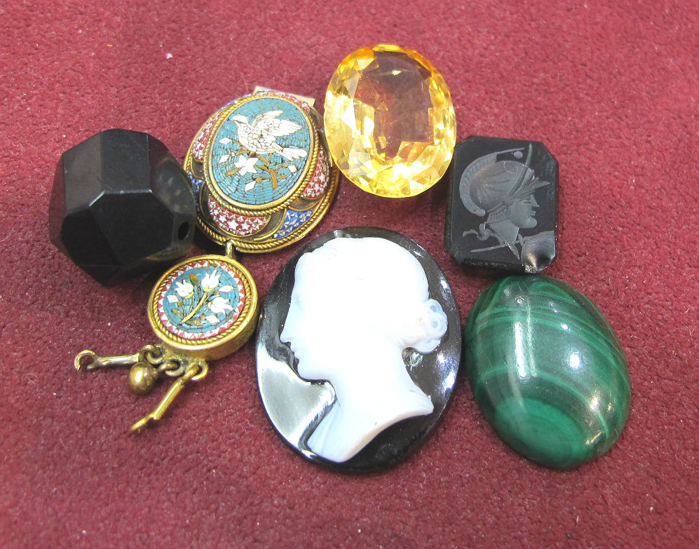 Jet, micromosaic, citrine, agate and malachite samples we took to the Brainery!