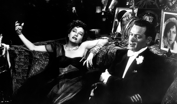 Gloria Swanson as Norma Desmond in Sunset Boulevard, 1950. Get a load of those bracelets!