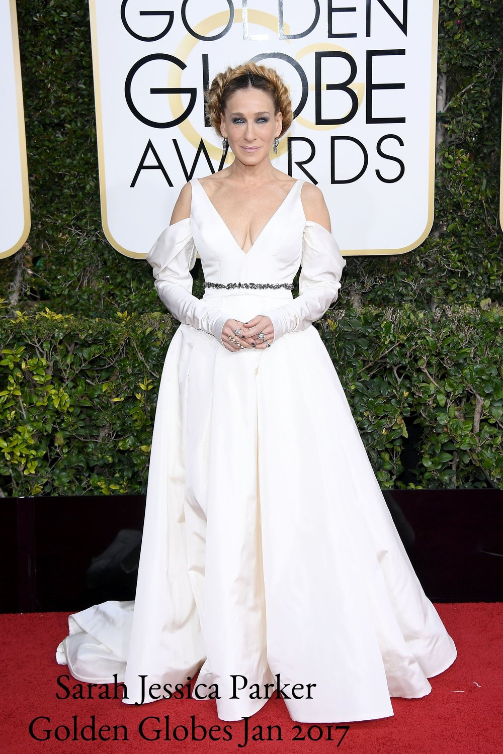 Sarah-Jessica-Parker-Dress-Golden-Globes-2017.jpg