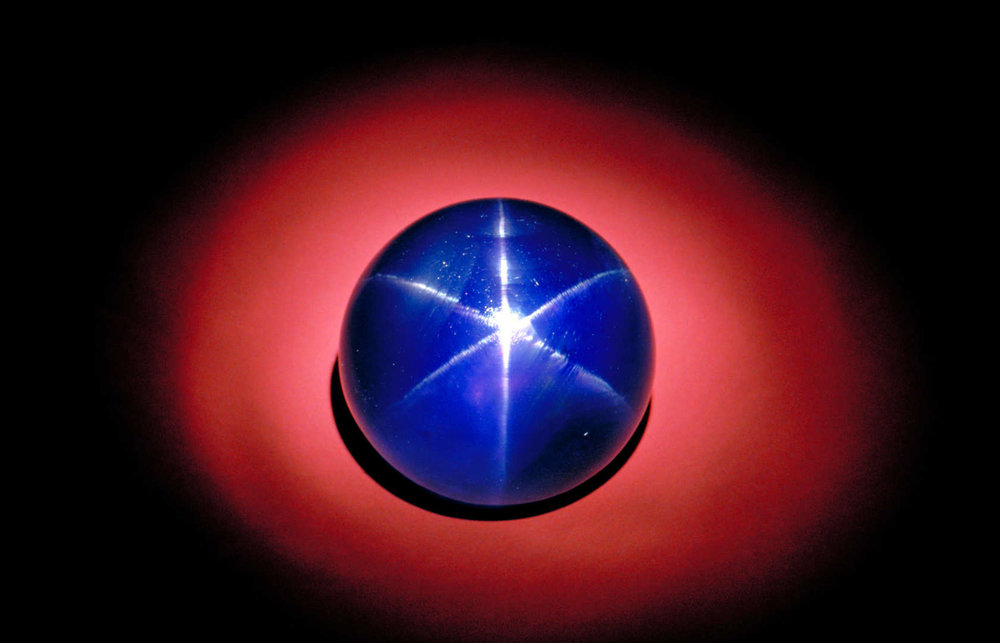 The Star of Asia, currently housed in the Smithsonian, is 330 cts.