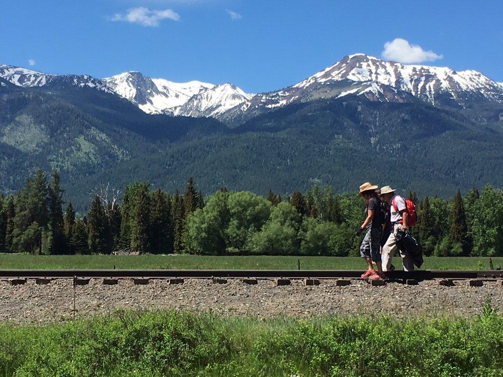 trail-hikers.JPG