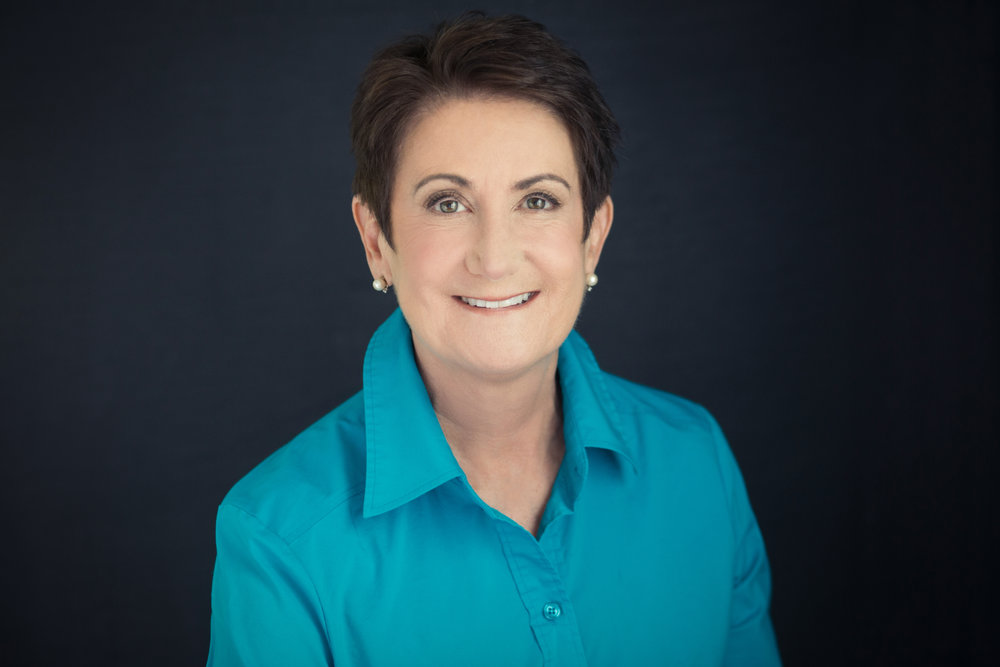 Lisa Damico Portraits │DC Arlington Alexandria Headshot │Author Headshot