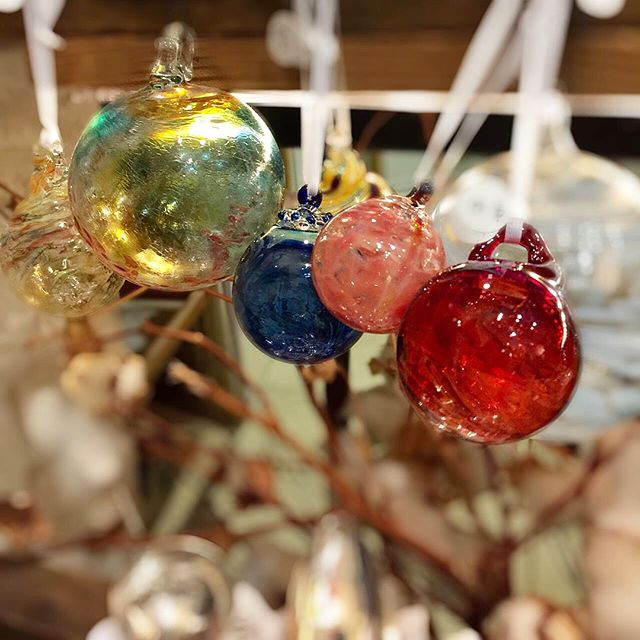 Need #christmasornaments for your tree? Our shop is jingling with these beautiful glass work by Christine Mathews #natickmall #christmastree #giftshop #giftideas #hostgift Come and visit!