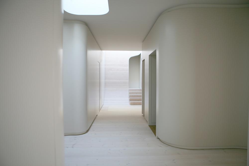 JMAYERH_Corridor03.jpg