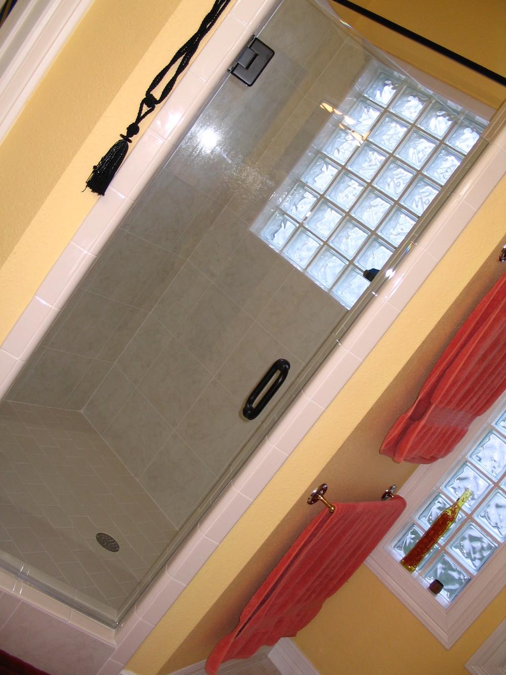 shower_002.jpg