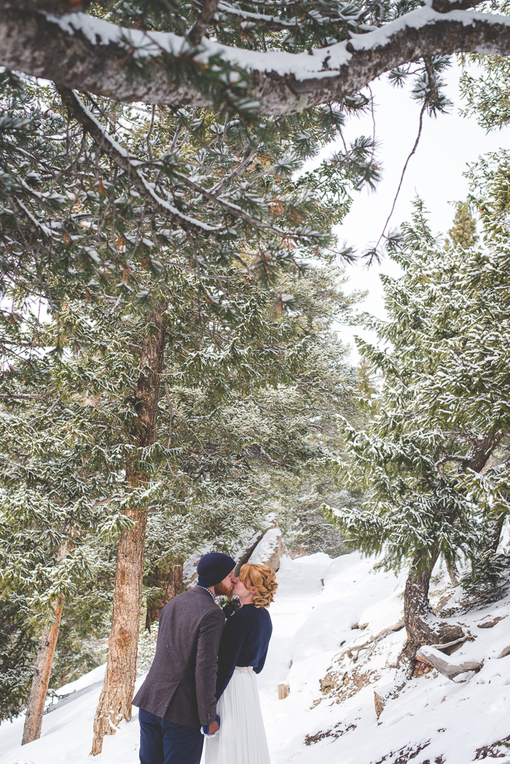 this adorable colorado couple had an intimate winter elopement in the mountains at Sapphire Point Overlook