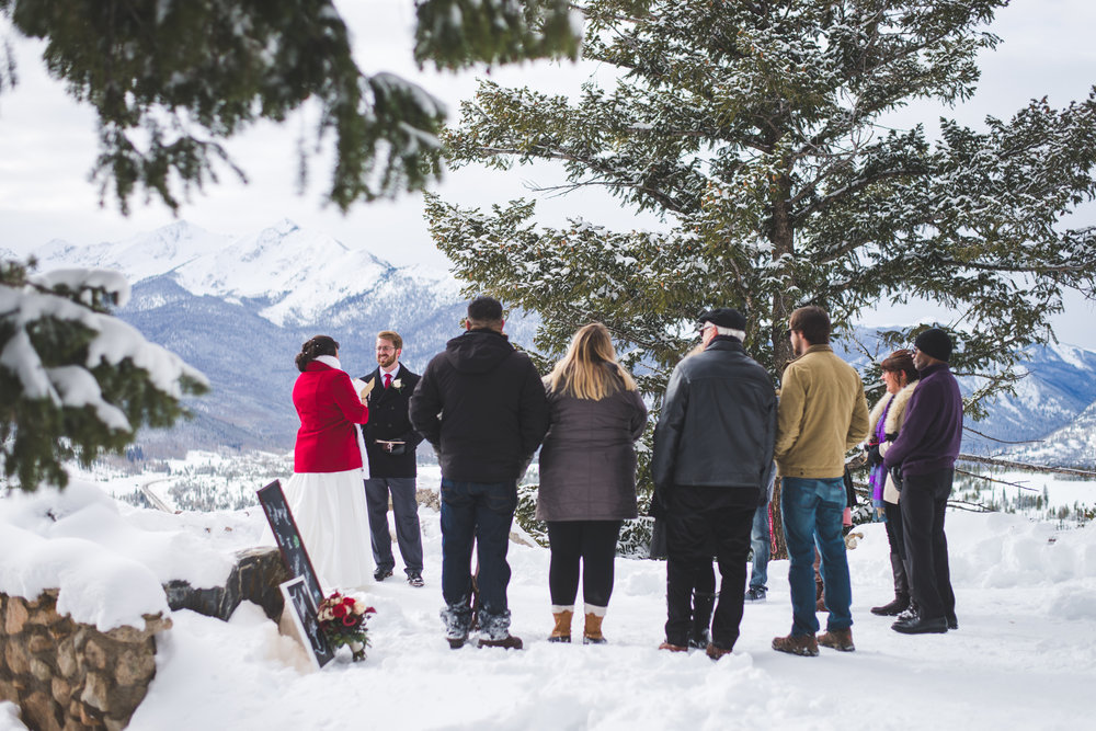 Family gathers close during this wintery Sapphire Point destination elopement.