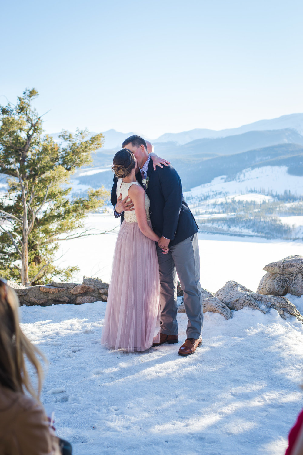 Destination Colorado winter wedding | Intimate mountain outdoor wedding | Keeping Composure Photography