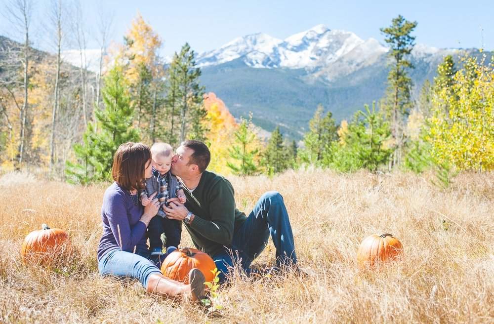 styled fall portrait session | Styling Your Portrait Session | Keeping Composure Photography