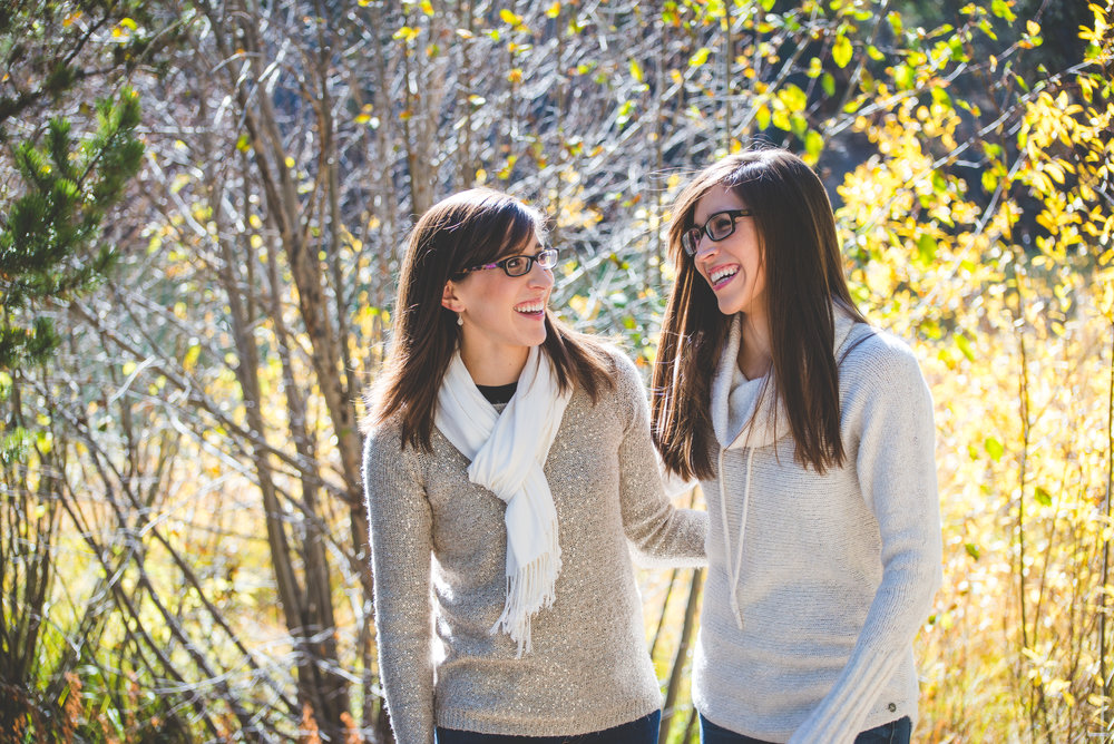 Fall twin photos in Breckenridge, Colorado | Mixing up the Pieces | Keeping Composure Photography