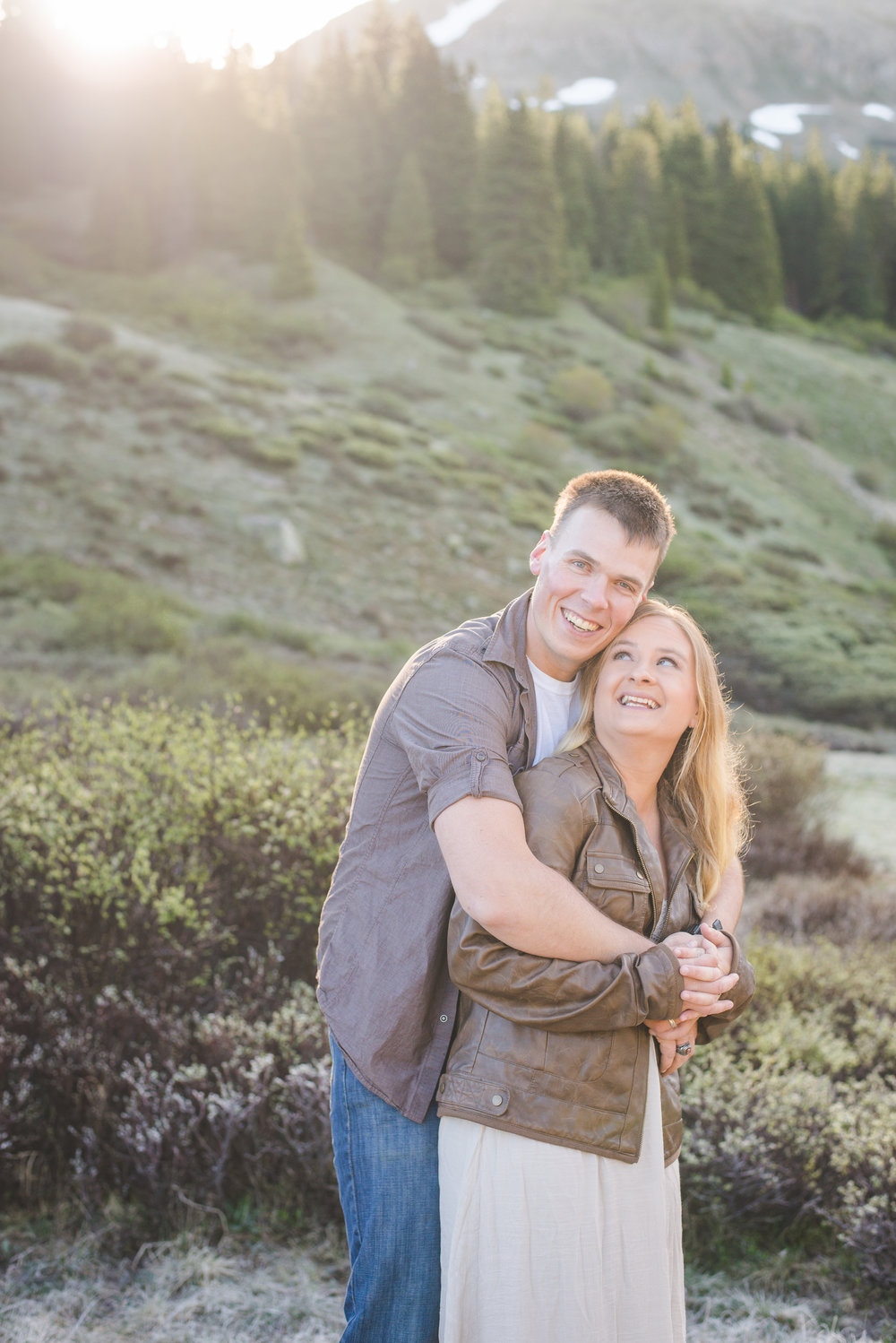 couples portraits in colorado mountains