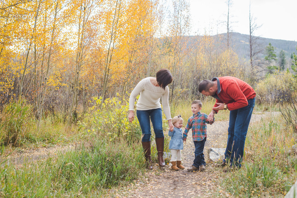 Autumn Family Portraits in the Mountains | Frisco, Colorado | Keeping Composure Photography | Colorado Family + Wedding Photographer