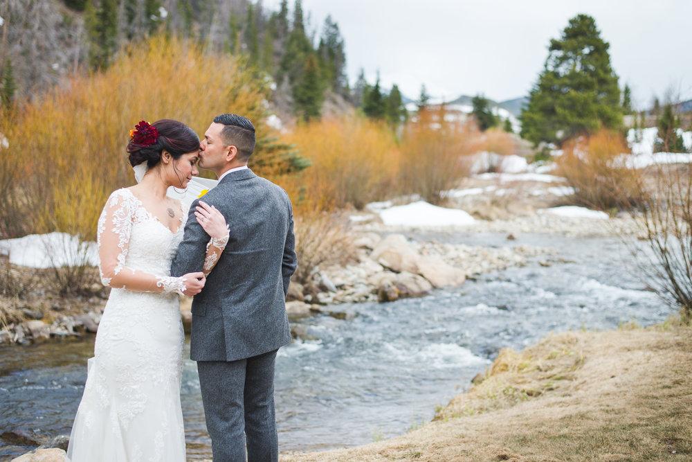 spring wedding near breckenridge, colorado | keeping composure photography