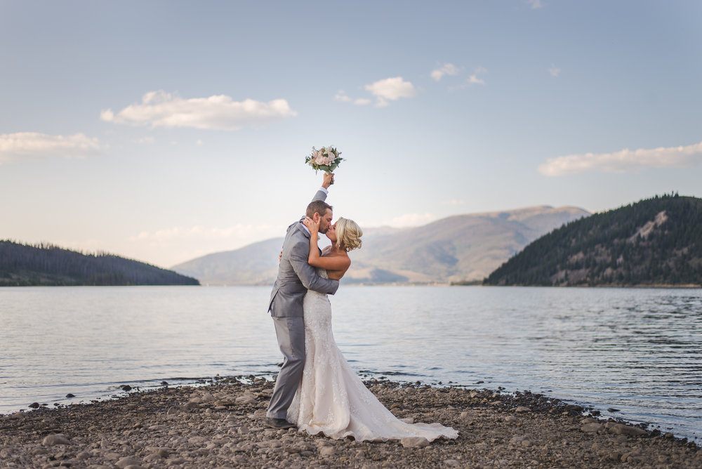 labor day weekend wedding near lake dillon and breckenridge, colorado | keeping composure photography + summit mountain weddings