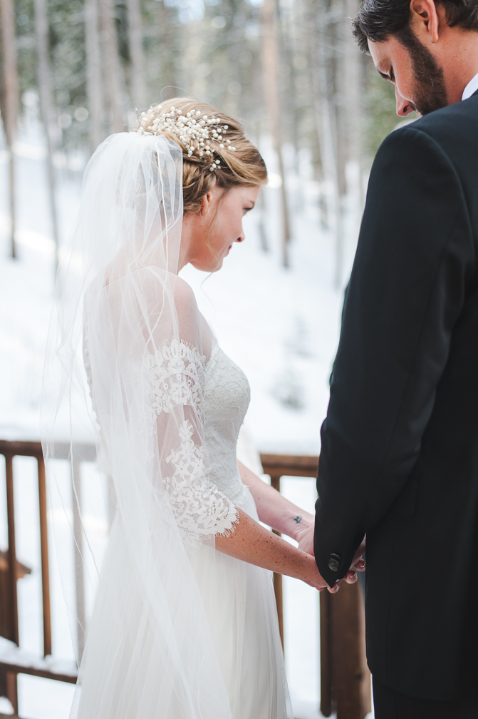 Quiet Winter Morning Wedding in Breckenridge, Colorado | Keeping Composure Photography