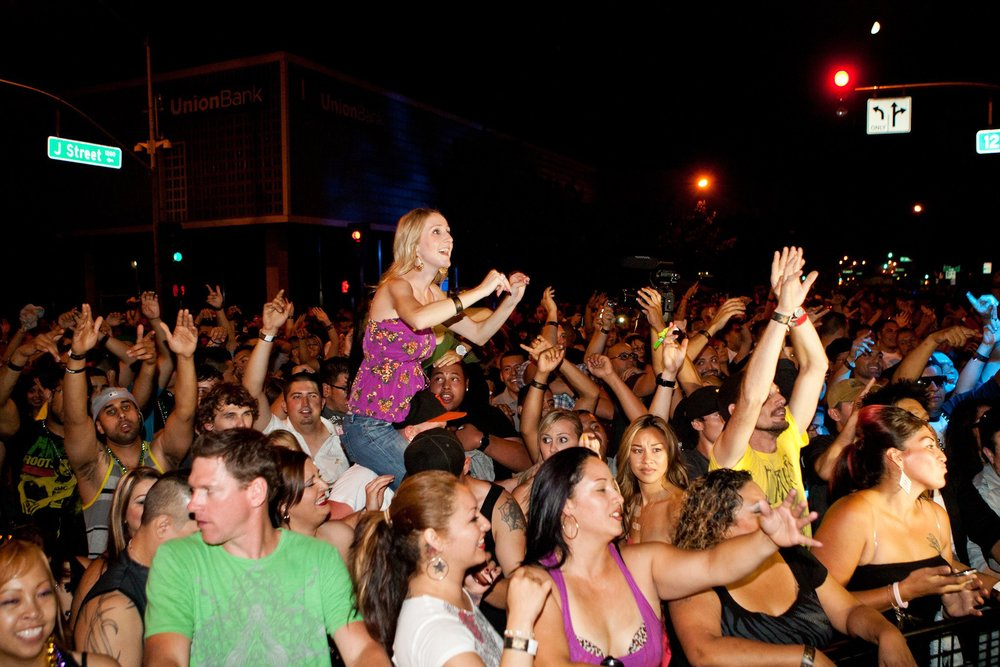 X Fest Modesto Crowd