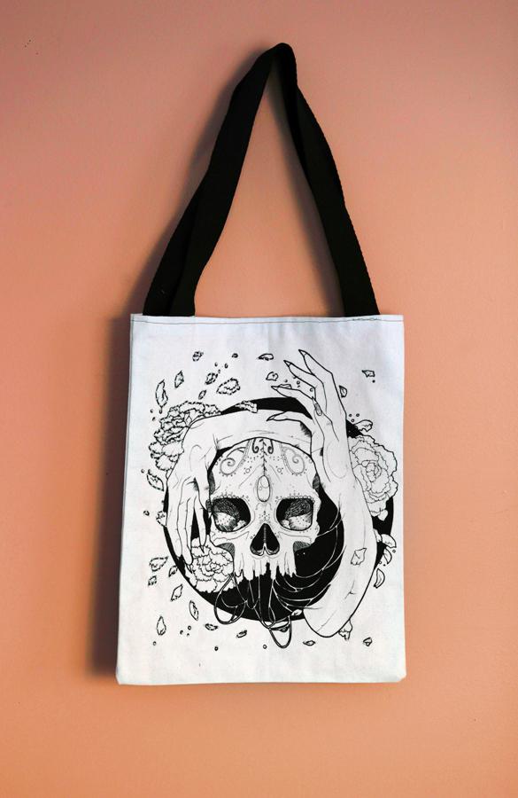 skullbag1.jpg