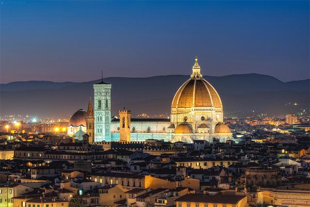 Florence_Italy_Duomo_2.jpg