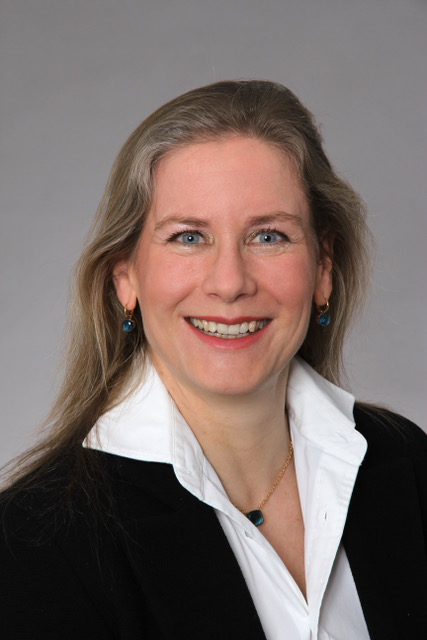 Dr. Claudia Emele