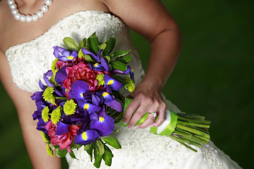 It's fast, easy, and free to deliver your bouquet for flower preservation from the Rapid City, SD area. Call today! 701-400-6162