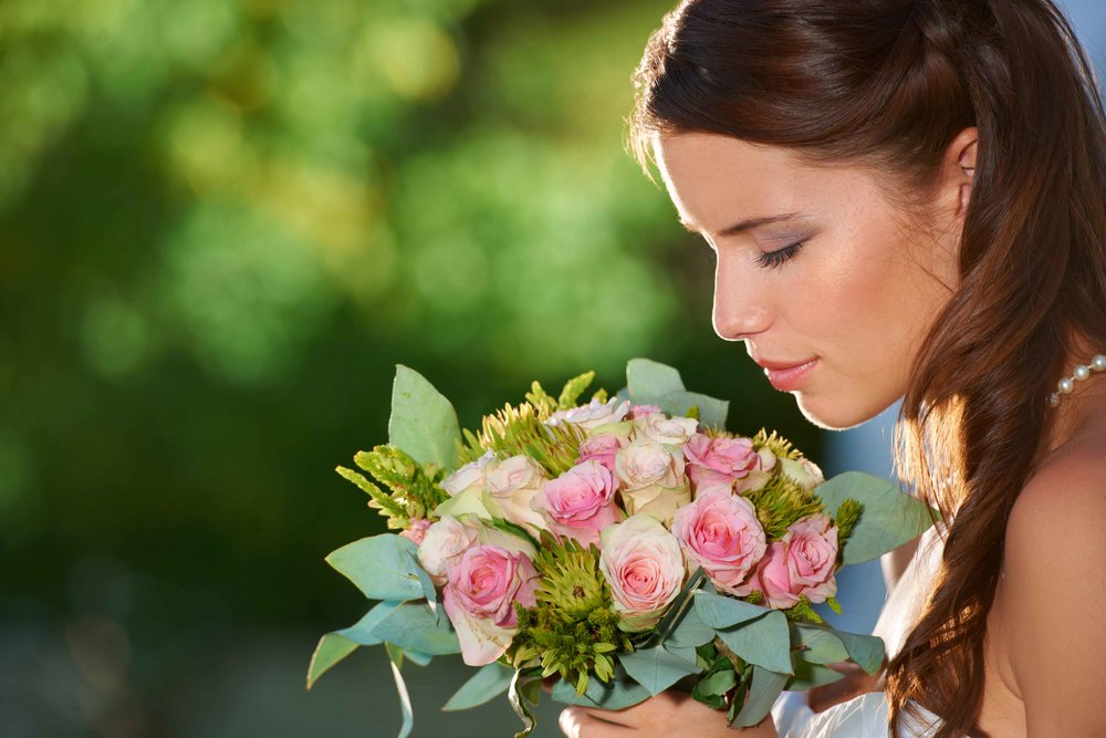 It's fast, easy, and free to deliver your bouquet for flower preservation from the Fergus Falls, MN area. Call today to get started! 701-400-6162.